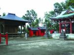 高台に建つ諏訪神社