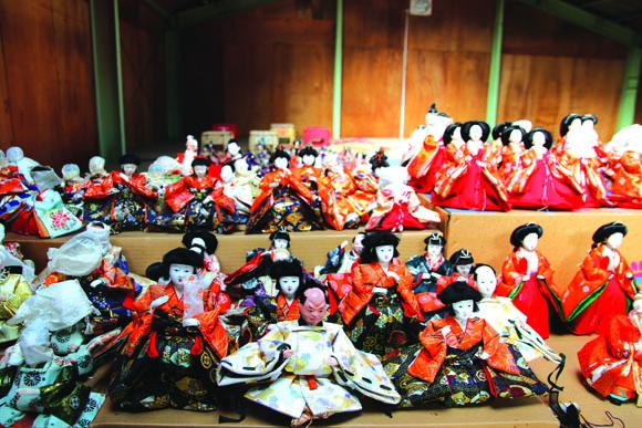 岩槻 愛宕神社の拝殿 大雛段