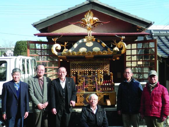 市宿通りの八雲神社 神輿の鳳凰
