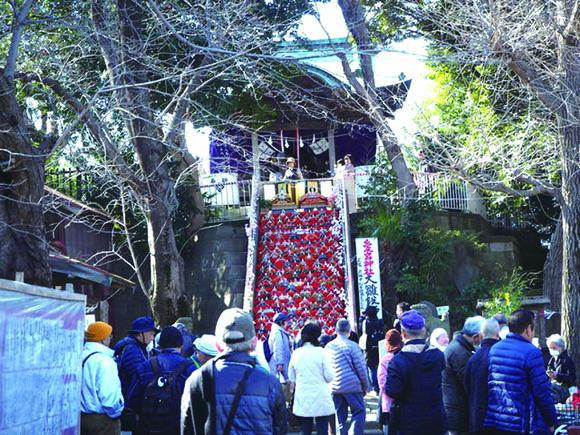 岩槻 イベント 愛宕神社の大雛段飾り